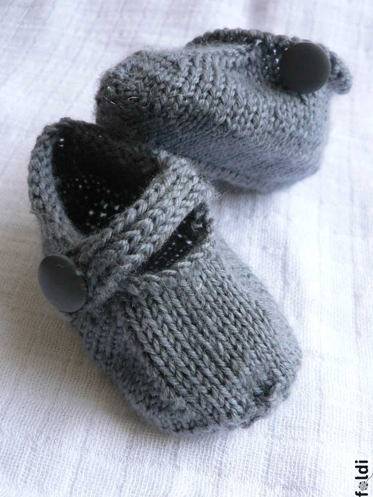 Knitting Pattern For Baby Boy Booties : foldi: Seamless Baby Bootie