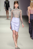 http://runwayinspired.blogspot.com.au/2015/07/ric87-holly-fulton.html