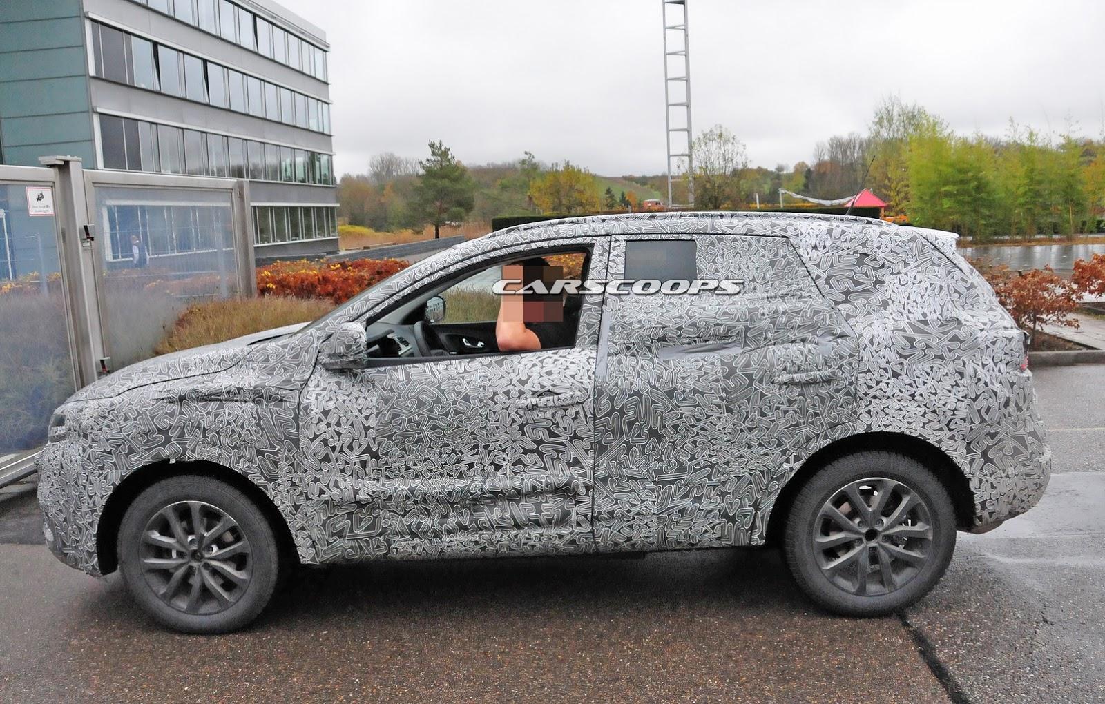 2016-Renault%20Koleos-SUV-5.jpg