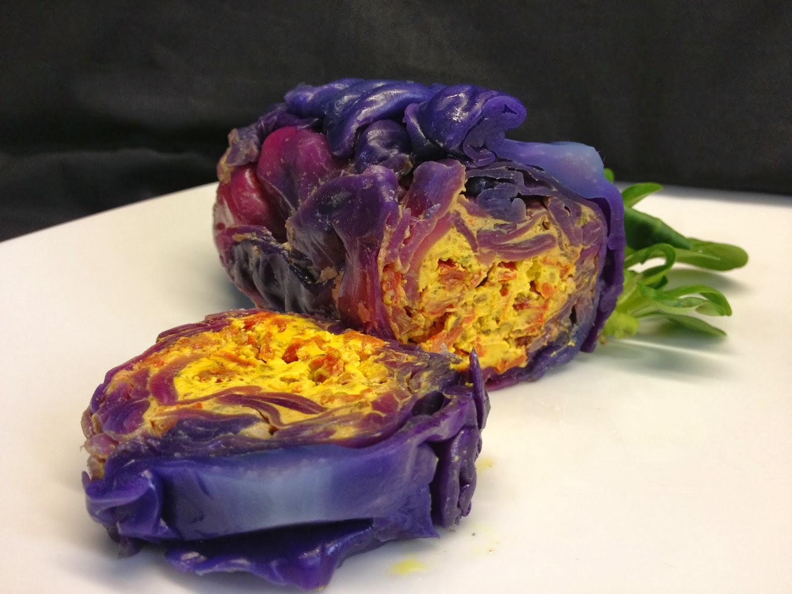 terrina di formaggi freschi in foglia di cavolo rosso