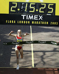 2:15:25 (WR) Paula Radcliffe (GBR) London 2003 Apr 13