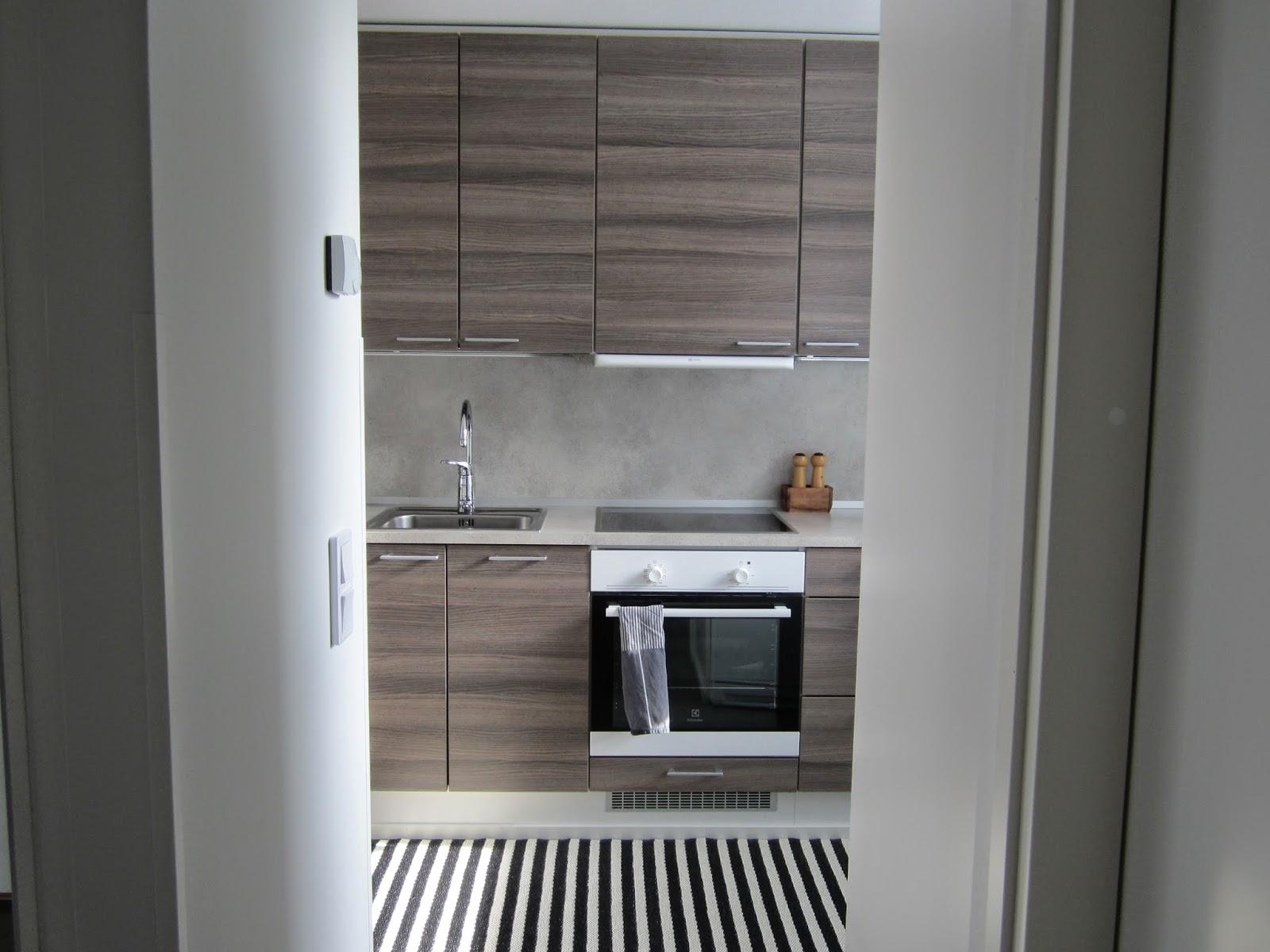 ZUBI'S CORNER Uuden kodin keittiö