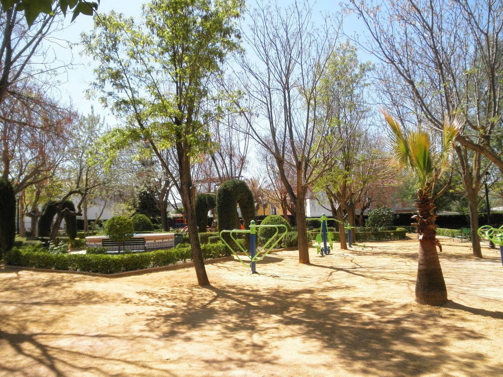 Cr nicas de casariche 2 parques de casariche for Piscinas casariche