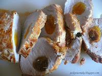 Schab faszerowany suszonymi morelami i figami