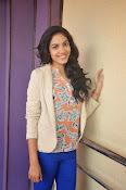 Ritu Varma latest glamorous photos-thumbnail-5