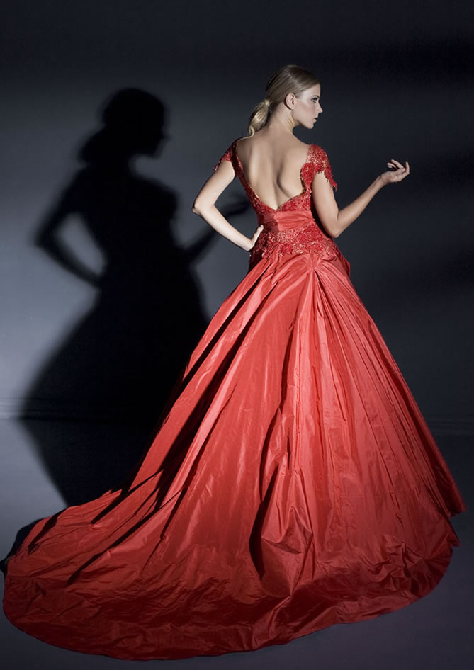 Wedding Dresses Color Red : Go completely nontraditional and do a full colored dress