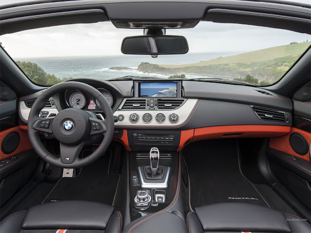 2014 BMW Z4 Roadster inside