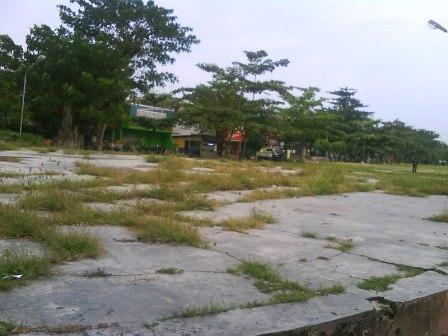 tuk buntung cepu, Lapangan cepu, rumput lapangan cepu, lapangan kota cepu