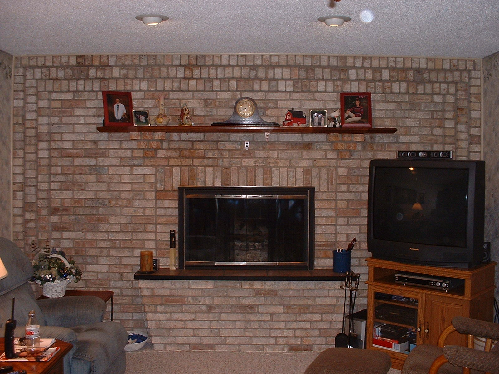 Brick laminate picture brick fireplace designs Brick fireplace wall decorating ideas
