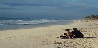ζευγάρι σε παραλία