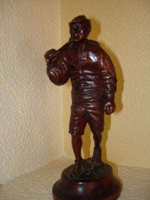 Agricultor. Manuel Carrillo Garcia. Pequeña talla en Madera