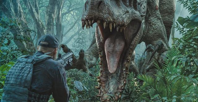 Jurassic World   Elenco em imagens inéditas, Indominus Rex em ação no comercial estendido e mais