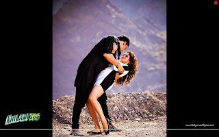 Hot Asin and Akshay Kumar long drive song Wallpaper