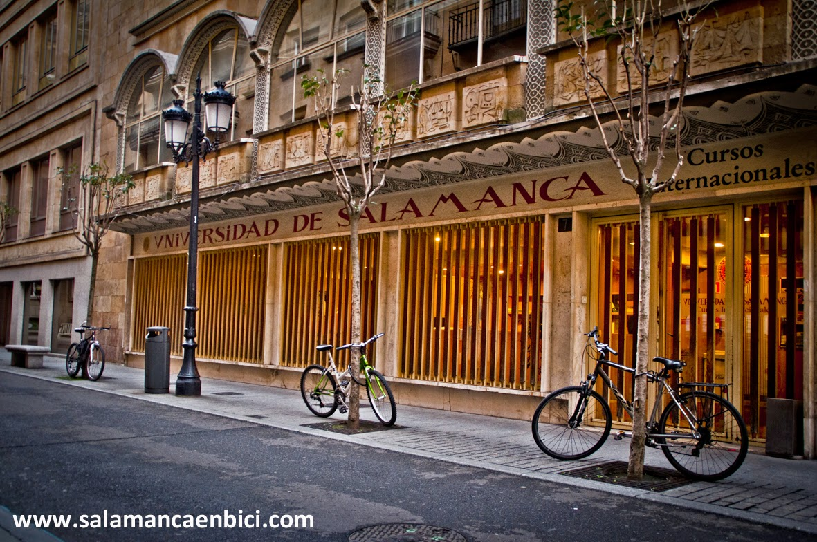 aparcamiento bicicletas usal bicis