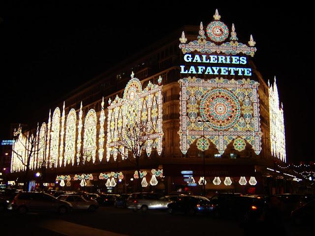 Peluang melancong secara percuma ke negara eropah, london dan paris dengan bisnes premium beautiful corset at la fayette gallery
