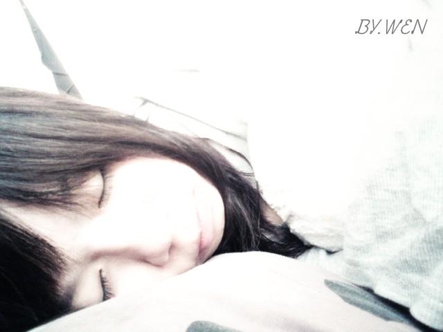 哄我入睡 :) ♥