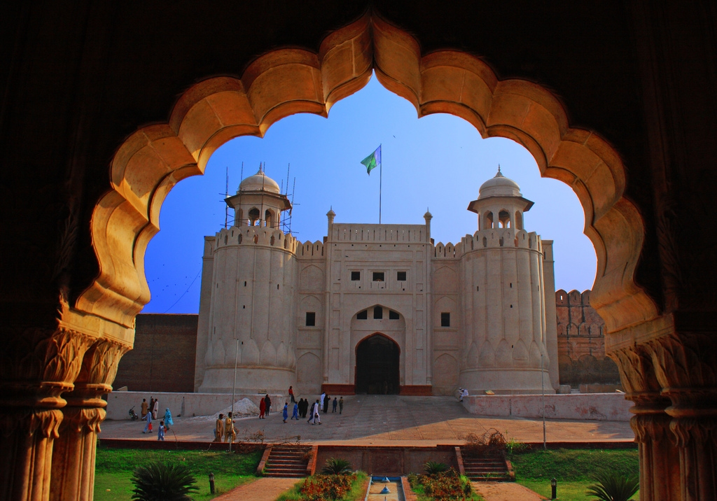 visit to lahore fort Lahore fort is one of the most popular places to visit in lahore, pakistan best recognized for its beautiful view and non-crowdy location, the lahore fort attracts many tourists you can explore the breath-taking view of lahore from this point of interest.