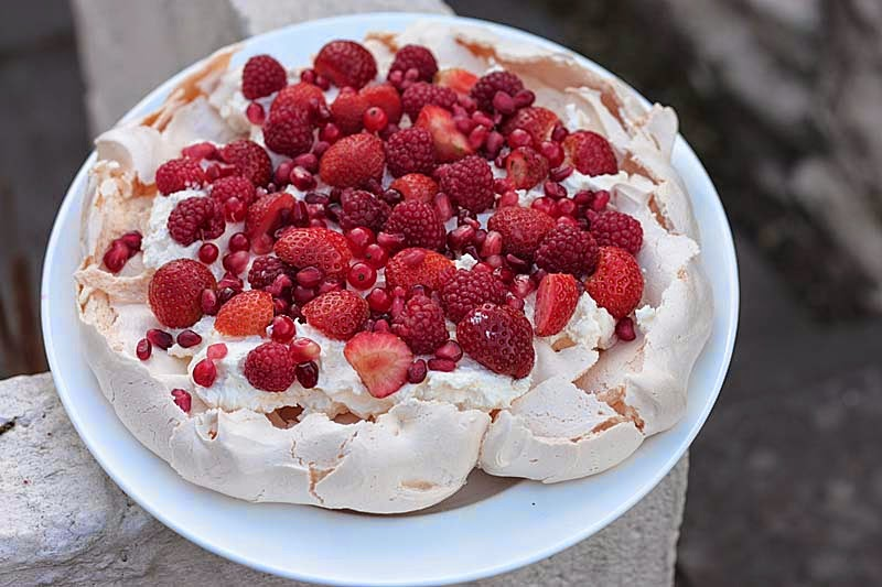 a2k a seasonal veg table red berries pavlova