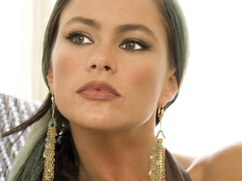 Alana blanchard makeup