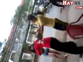 Clip n sinh Bn Tre nh nhau toc u | hay88.com
