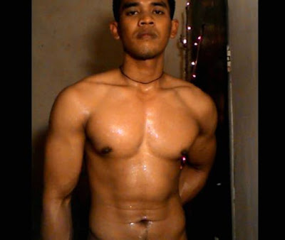 asian-gay-muscle-hot-indonesia