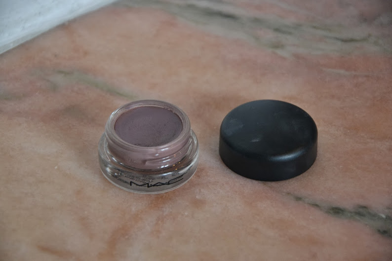 Review: MAC Cosmetics Pro Longwear Paint Pot in Stormy Pink
