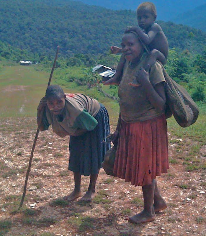 nabire women Papua new guinea | png official tourism website | papuanewguineatravel.