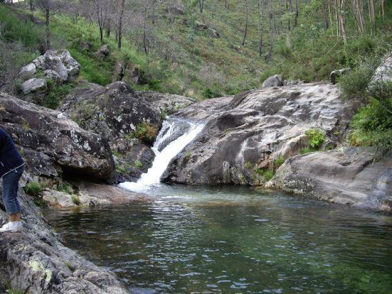 Welcome to galicia mayo 2011 for Piscinas naturales rio malo