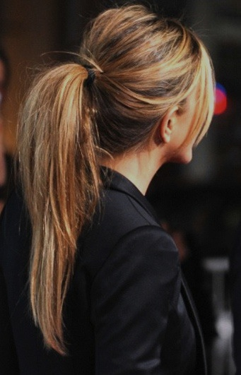 super-quick, easy, perky PONYTAIL trick