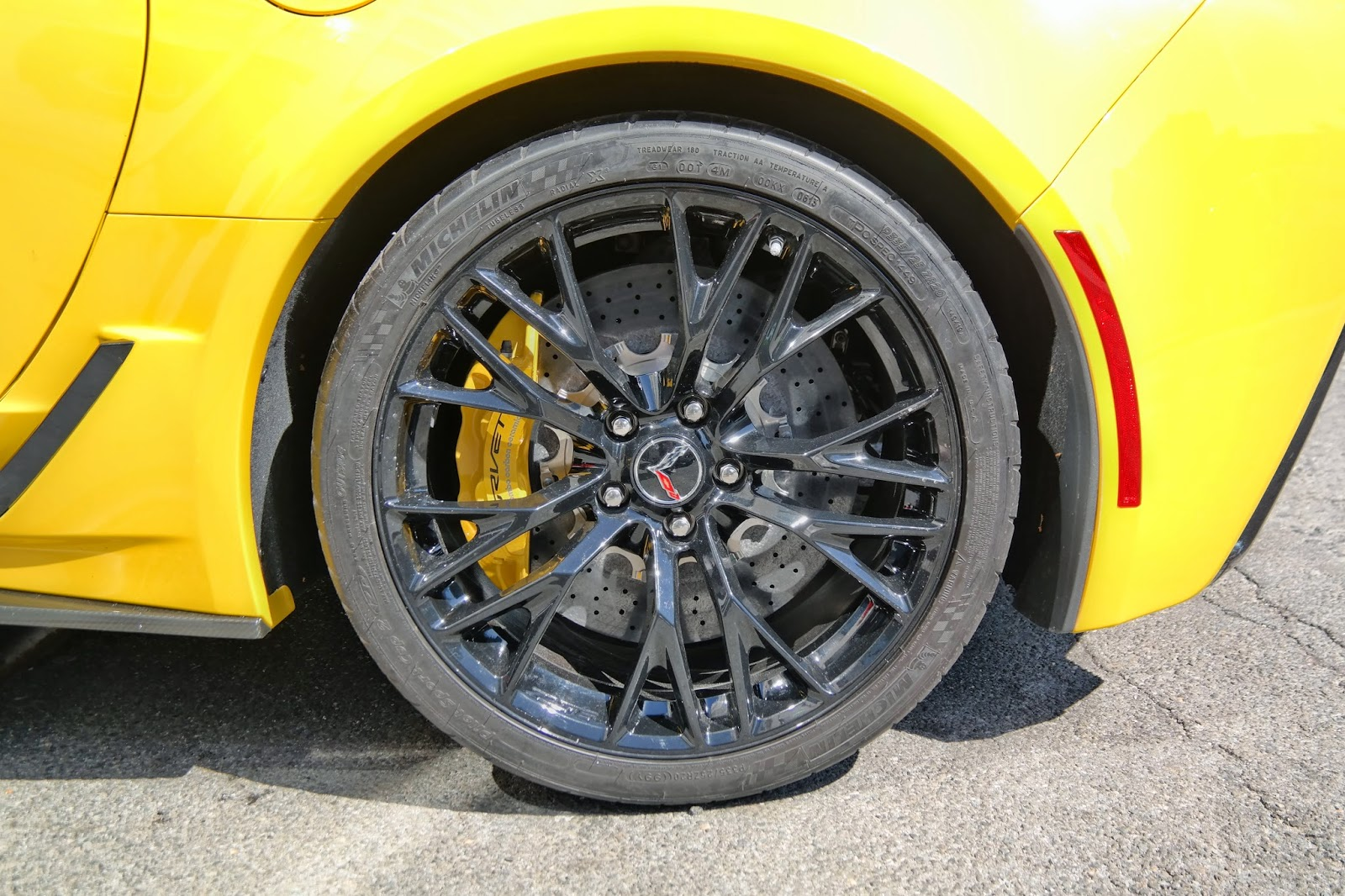 2014 Corvette C7 Z06 Brake Calipers Rims Tires and Rotors
