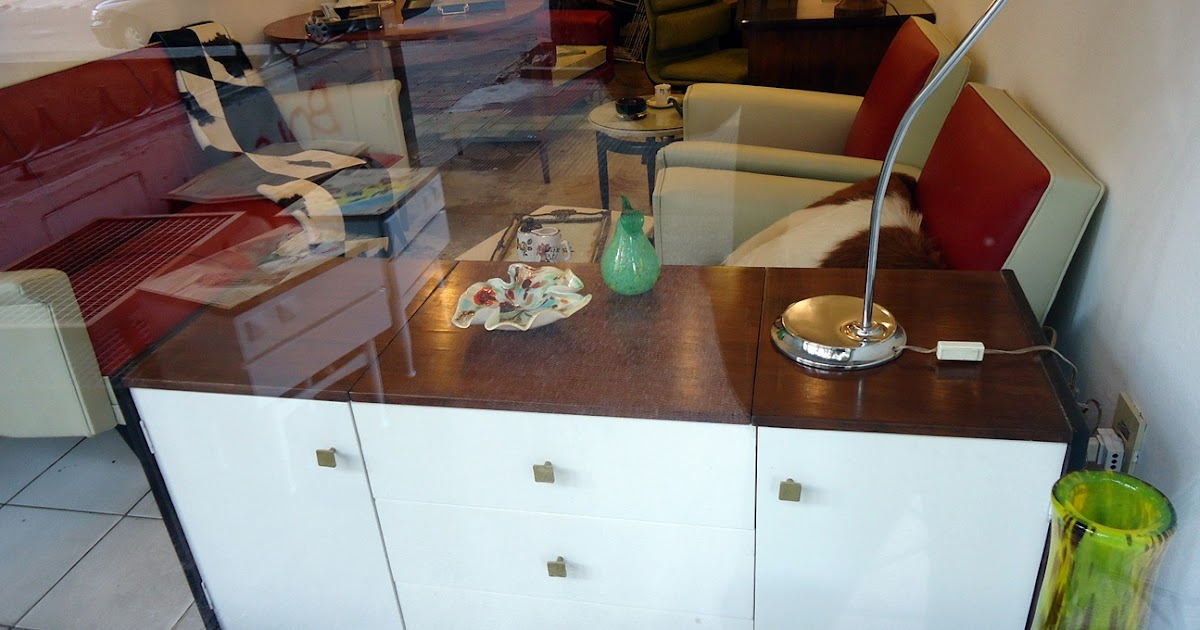 Olika cosas nuevas en olika la tienda retro de montevideo for Fabricas de muebles en montevideo uruguay