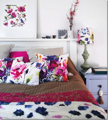quarto de casal almofadas floral