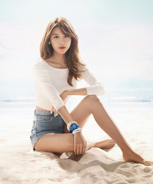 Girls' Generation Sooyoung Baby-G 2015