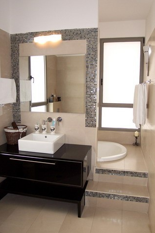 Dalliance design a love affair with design bathroom of for Hidden bathroom pics