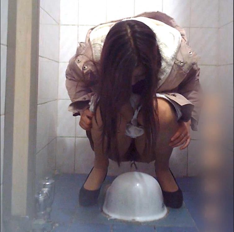 Voyeur peeing: Korea secret toilet