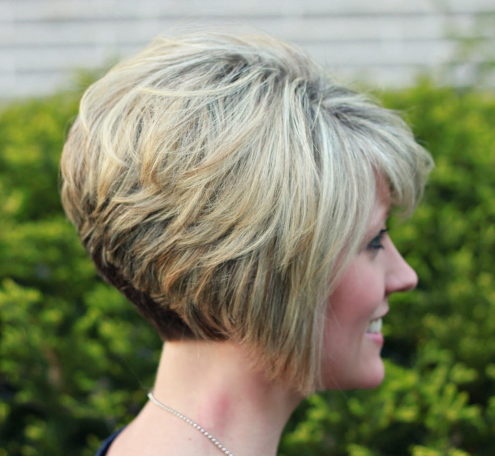 Short Inverted Stacked Bob Haircut