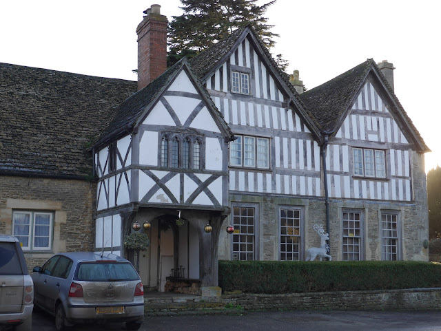 Wood-beamed cottage in Lacock village