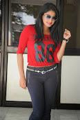 Hari Priya dazzling stills-thumbnail-9