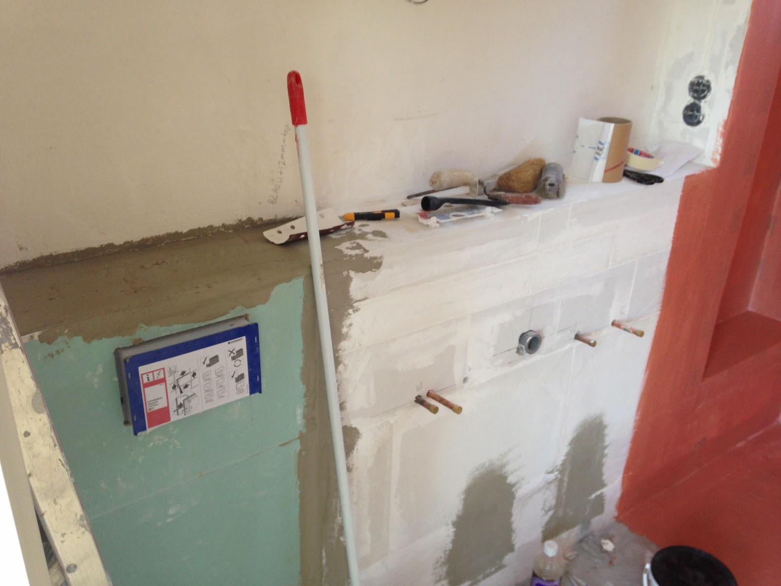 De grote verbouwing badkamer betegeld - Badkamer betegeld ...