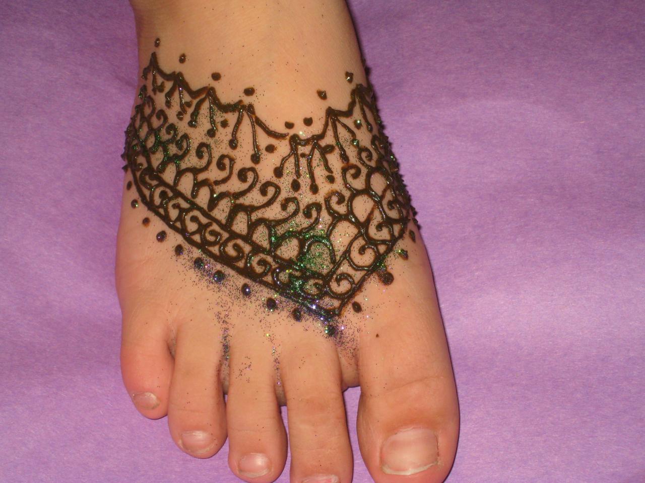 bridal mehndi designs for feet beautifull and latest