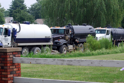 why we should stop the fracking Hydraulic fracturing—or fracking—has unlocked vast amounts of oil  eventually  they can't reuse the water any more so they need to ship it,.