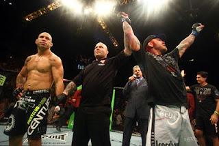 UFC 132 Wanderlei Silva derrotado por Chris Leben