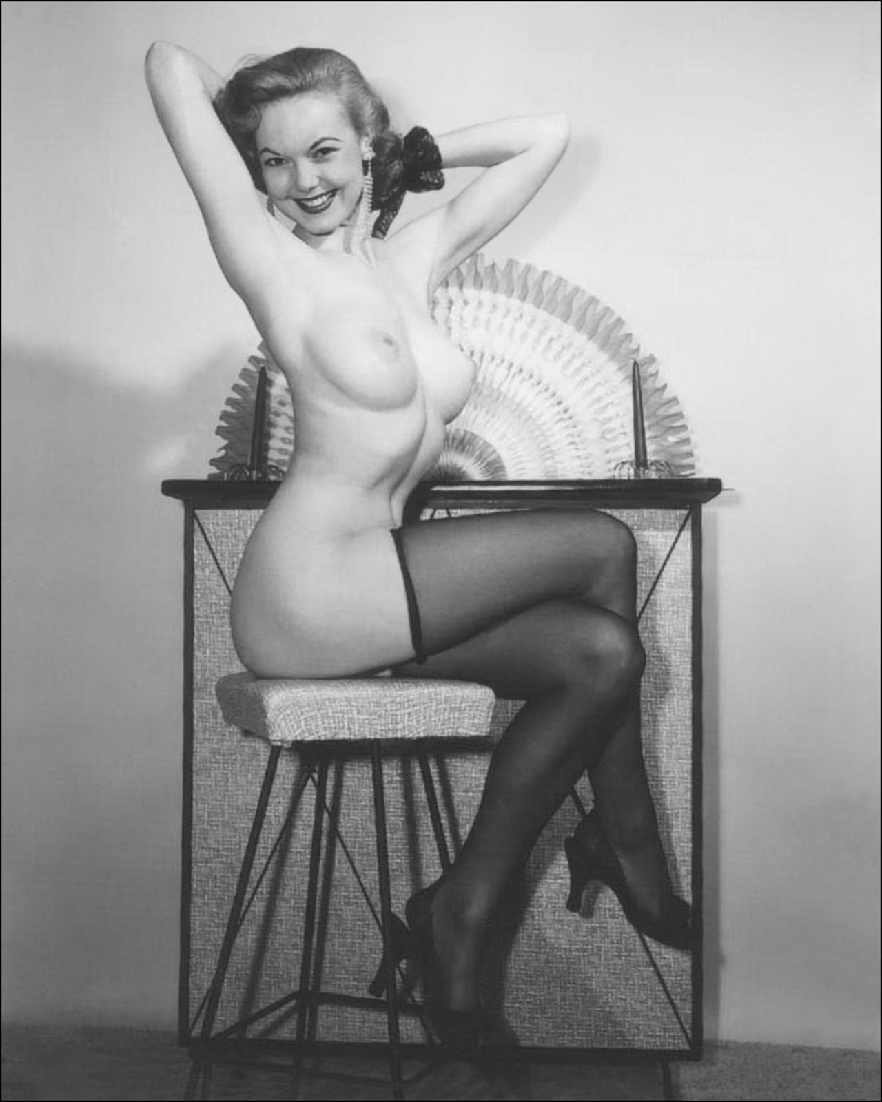 Ретро порно фото 30 х годов 1 фотография