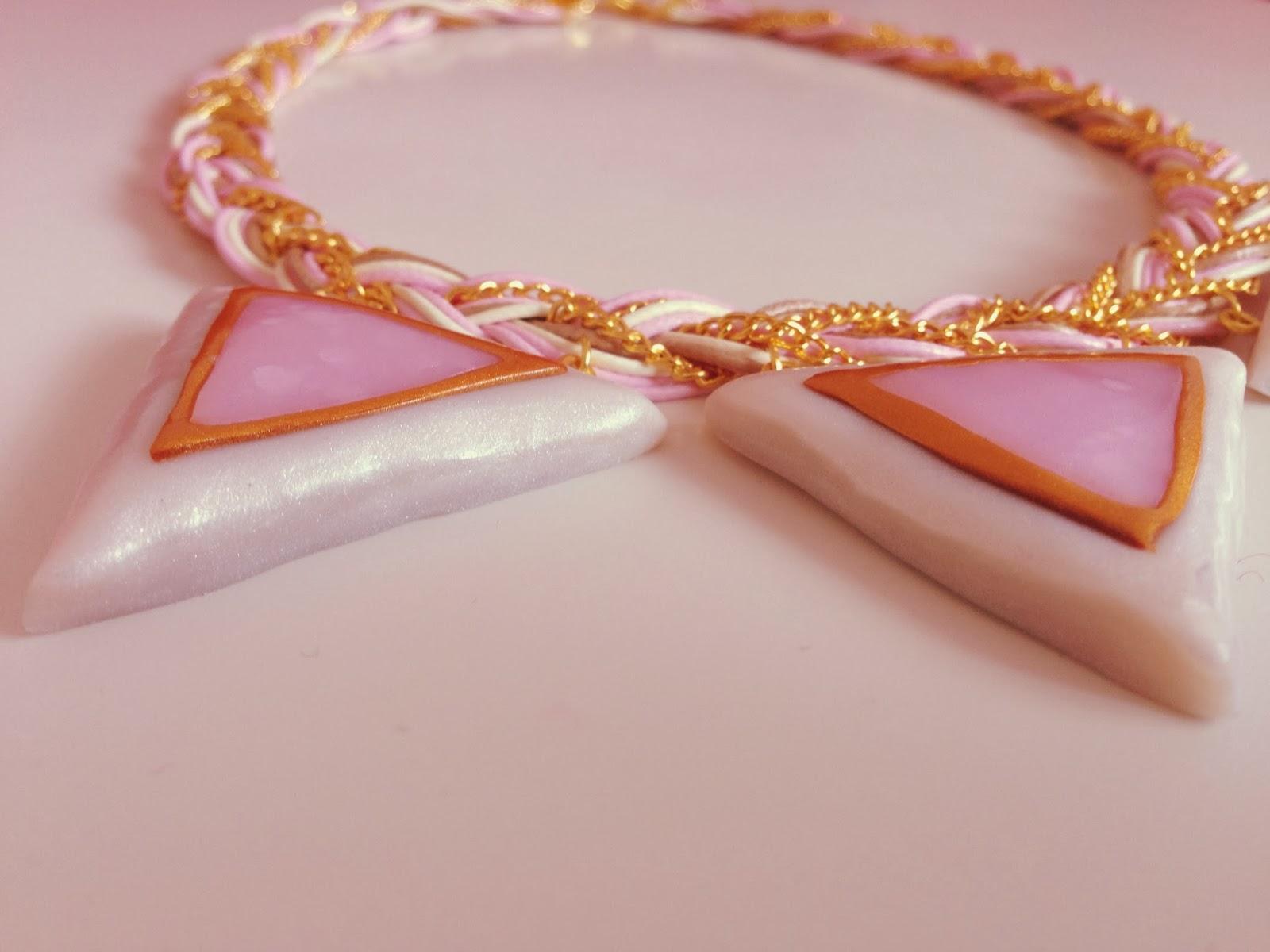 Collar Triángulos Colores Pastel