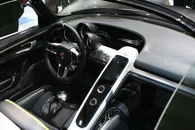 2012 Porsche 918 Spyder 6