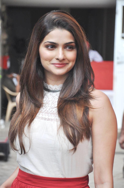 Prachi Desai Photos at Mehaboob Studio Promoting Bol Bachchan Movie