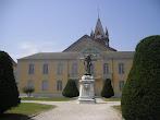 La mairie de vic