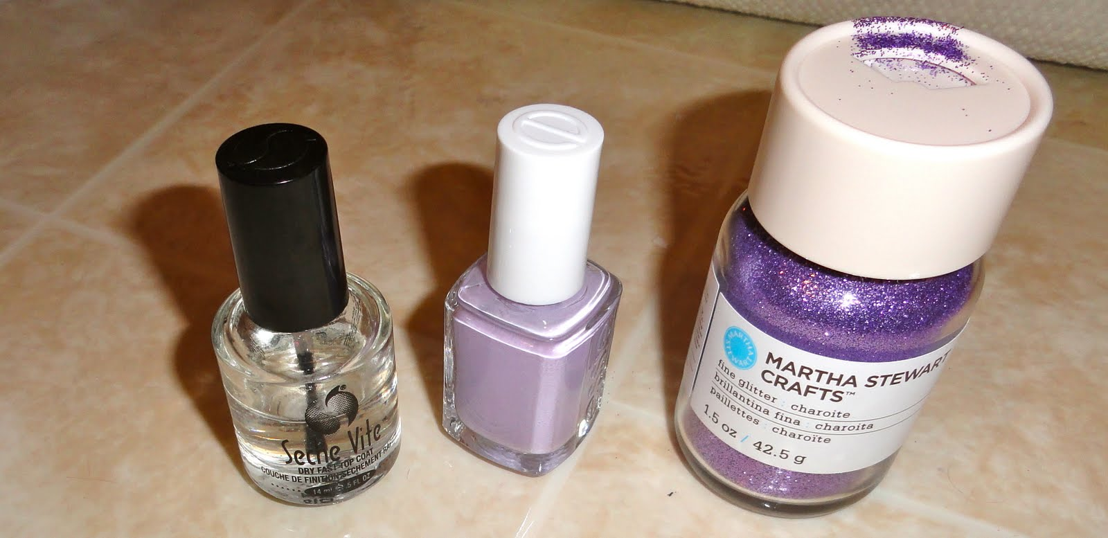 Stylish Nail DIY: Ombre Glitter Nails | Stylelista Confessions
