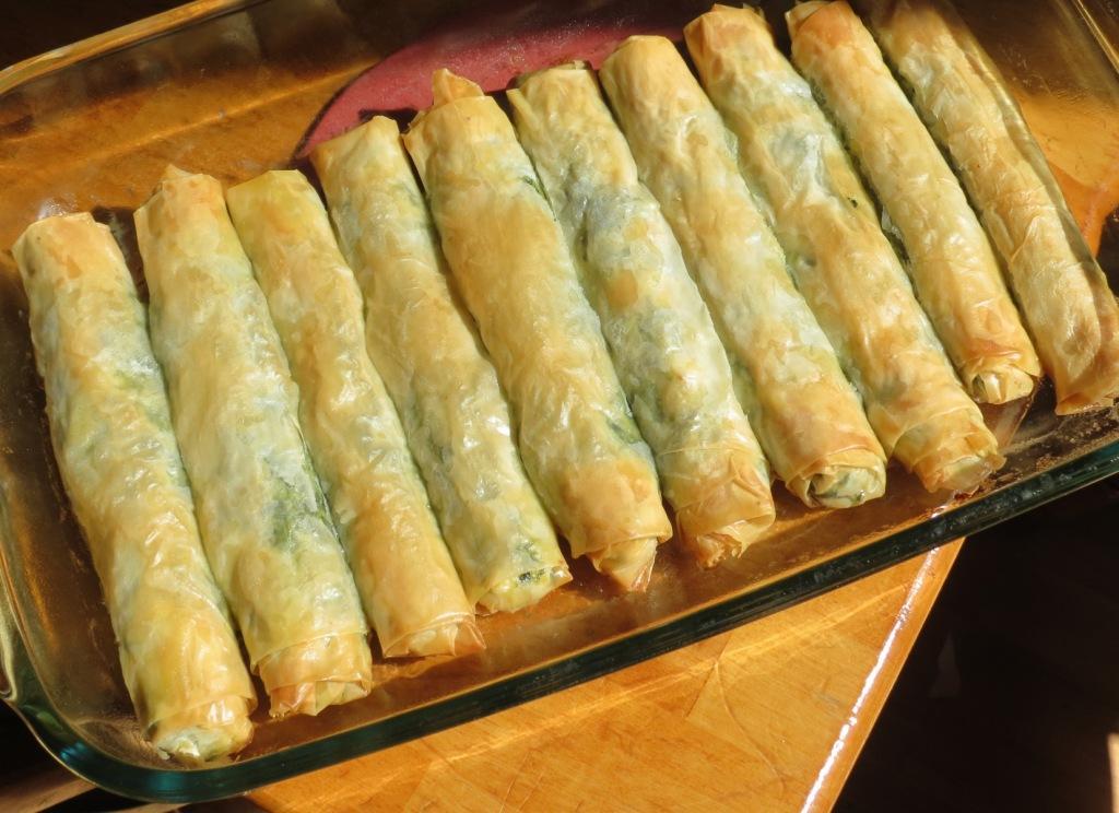 Nummy Kitchen: Spanakopita Rolls