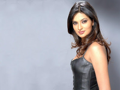 Sayali Bhagat HD Wallpapers
